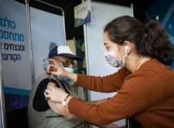 بسبب الهواجس والإشاعات المسبقة .. اقبال عربي منخفض على تطعيمات الكورونا!