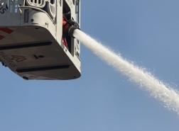 اندلاع حريق داخل سفينة في ميناء هكيشون - حيفا