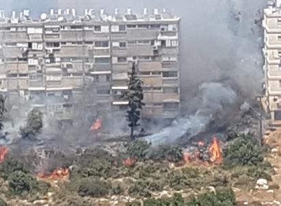 خلاء بيوت ومبان في حيفا بسبب حريق كبير