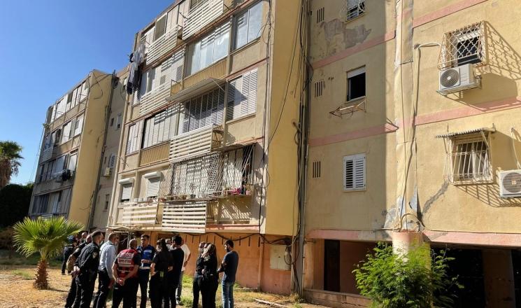 حيفا: إخلاء مبنى سكني خشية من إنهياره