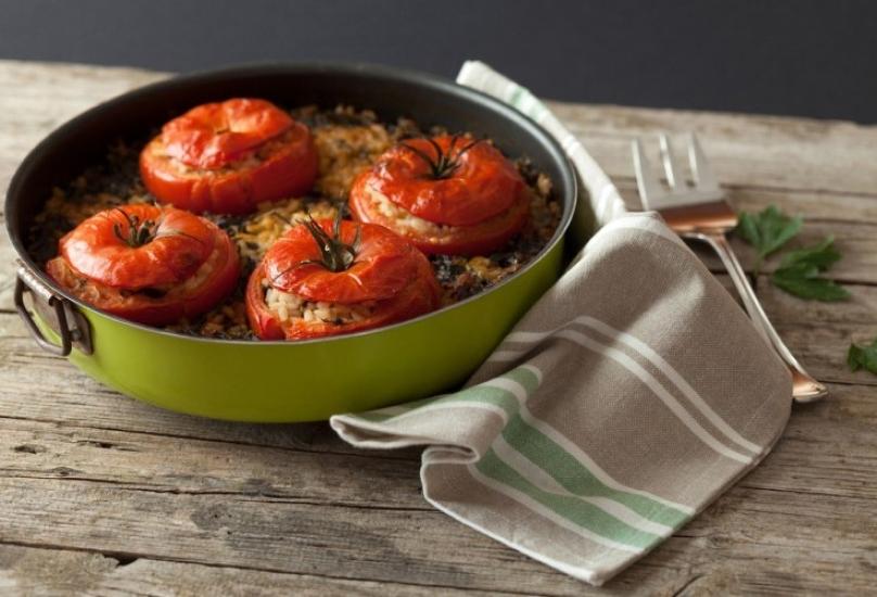 طريقة تحضير طماطم محشية بالأرز في المنزل