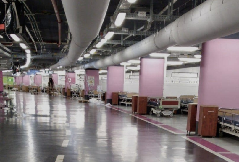 حيفا : تحضير موقف السيارات الارضي في مركز رامبام الطبي ليكون قسم لاستيعات مرضى كورونا! __