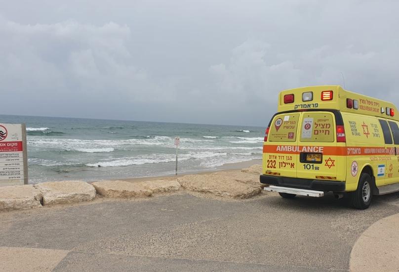 غرق على شاطئ  الكرمل في حيفا.